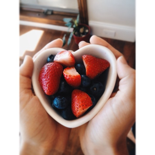 When you get the urge to snack, put the crackers away and reach for some fresh fruit or veggies! It's summer time and all sorts of delicious berries are in season, packed with vitamins and antioxidants not to mention they'll satisfy your sweet tooth. #trisystem #heathysnacking #youarewhatyoueat